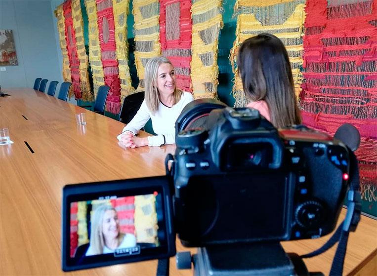Mireia-ingla-entrevista-camera