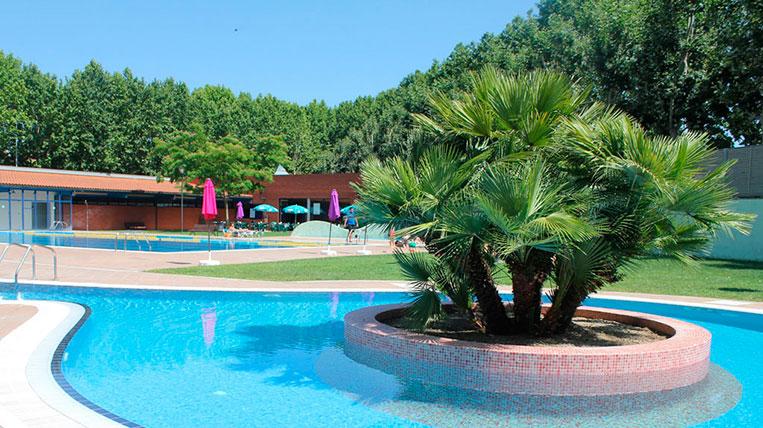 Remulla't a les piscines municipals aquest estiu!
