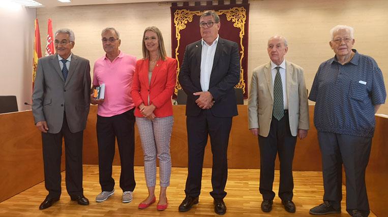 L'Associació de Propietaris i Veïns de Valldoreix homenatja als presidents històrics amb motiu del seu centenari