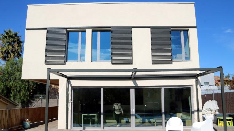 Sant Cugat inaugura la primera casa passiva amb consum energètic gairebé zero