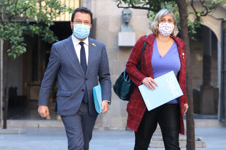 """La Generalitat aprova """"mesures severes"""" per intentar frenar els contagis"""