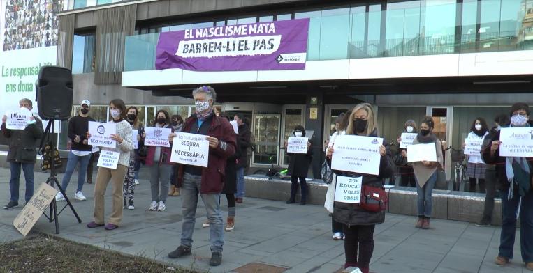 Sant Cugat dona suport a les escoles d'art davant el tercer tancament per la pandèmia