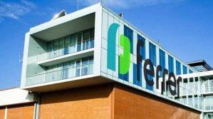 Ferrer augmenta la producció de paracetamol a Sant Cugat per l'alta demanda en la vacunació amb AstraZeneca