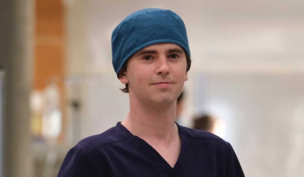 Shaun Murphy In Una Scena Di The Good Doctor 4 Stagione Credits Rai