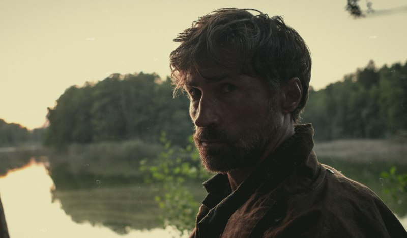 Sebastian Blomberg Interpreta Lord Yvar In Una Scena Di Tribes Of Europa. Credits: Gordon Timpen/Netflix