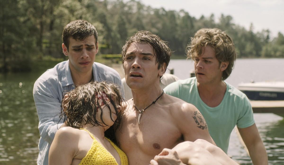 Rodolfo, Sara, Alex e Jose da giovani In Che Fine Ha Fatto Sara Credits: Netflix