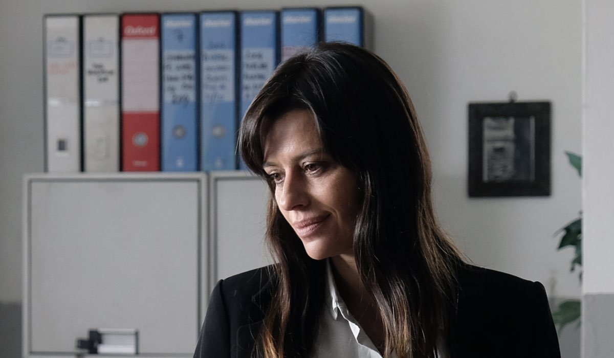 Claudia Pandolfi, qui in una scena di Chiamami Ancora Amore. Credits: Fabrizio de Blasio e Rai