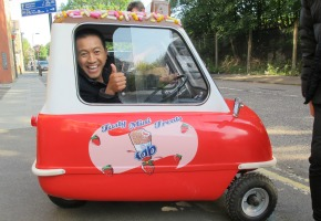 ANH DOES BRITAIN EP 1 - The Peel Car