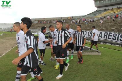 Botafogo 2x1 River (8)