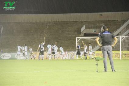 Botafogo 1x0 Autos (23)