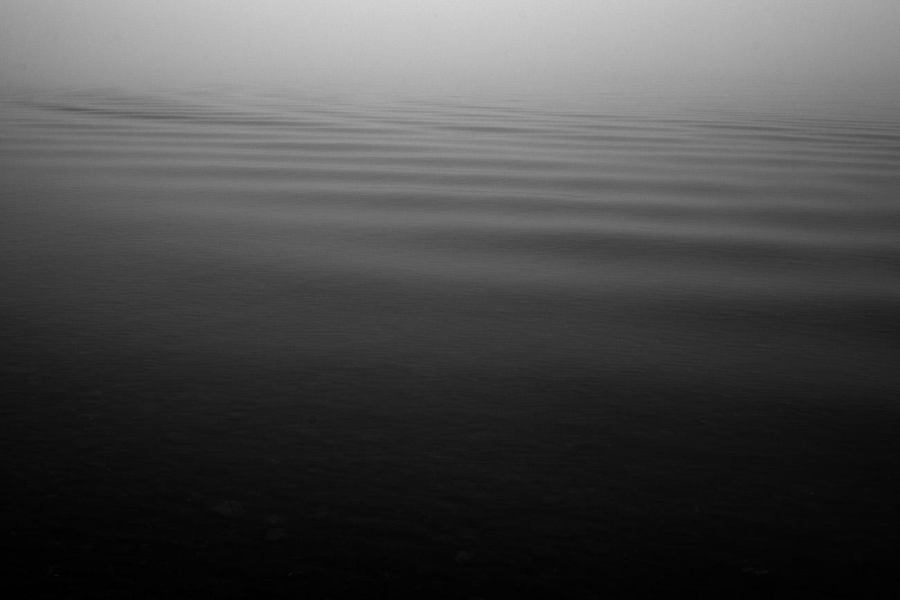 Fotograf_Nicki_Twang_down_by_the_water_001