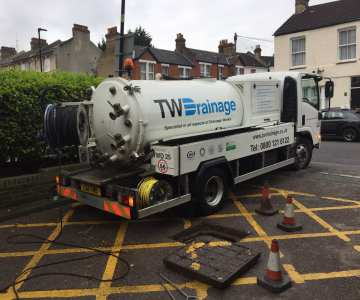 tw drainage specialist drain clearing lorry
