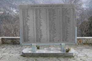 Lapide vittime strage Sant'Anna di Stazzema