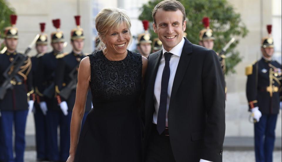 Francia: Emmanuel Macron ha la moglie stratega, Brigitte (di 24 anni più vecchia)
