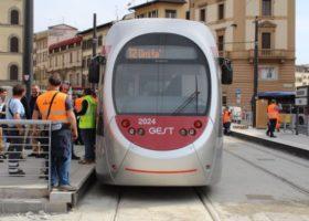 Lavori tramvia: chiusura di Via Valfonda, inversione in via Bini, asfaltature in viale Morgagni