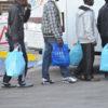 Richiedenti asilo senza biglietto si rifiutano di scendere dal bus. Denunciati dai carabinieri