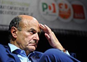 Bersani, un segretario con Fondazione, c'era troppo potere in pochi chilometri