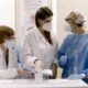 Coronavirus in Toscana: 17 morti, oggi 16 gennaio. E 436 positivi. Quasi 65mila vaccinati