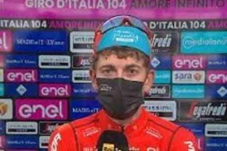 Giro d'Italia: tappa allo svizzero Mader, maglia rosa all'ungherese Valter