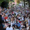 Fedez contro Conte: artisti in rivolta per le piazze piene dei politici