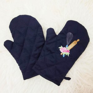 Customized Oven Mitts / Oven Gloves with Embroidery