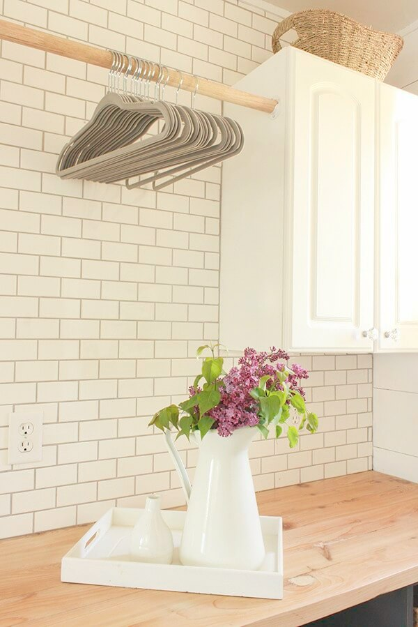 18 Incredible Farmhouse Bathroom Floor Tiles - Twelve On Main on Farmhouse Tile Bathroom Floor  id=36837