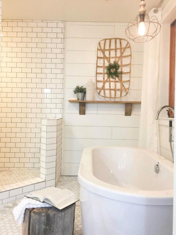 5 Swoon Worthy Ways to Use Farmhouse Tiles in Your Home ... on Farmhouse Bathroom Tile  id=88307