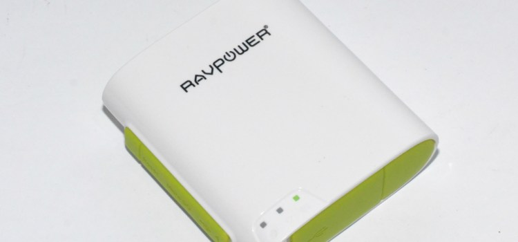 FIRST IMPRESSIONS   RavPower FileHub unboxing