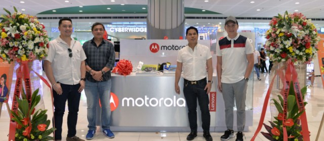 Motorola boosts local presence with opening of SM MOA Kiosk, now with 3 exclusive outlets