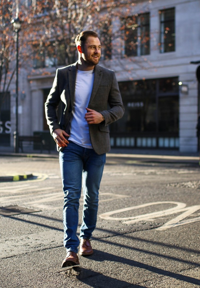 How to Style Smart Casual for the Party Season