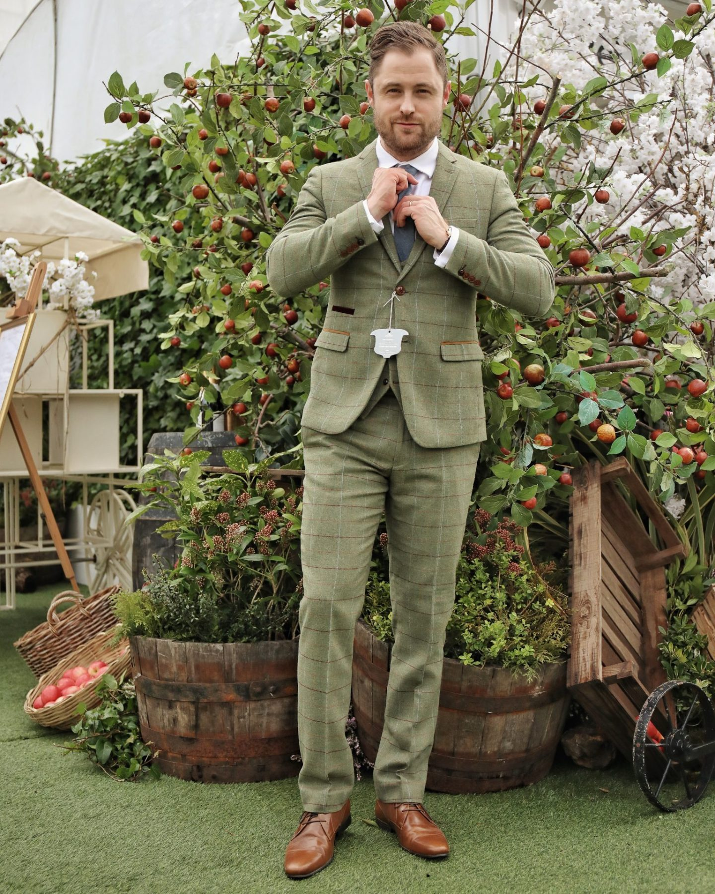 Marc Darcy ELLIS Tweed Suit Cheltenham Horse Races 2020