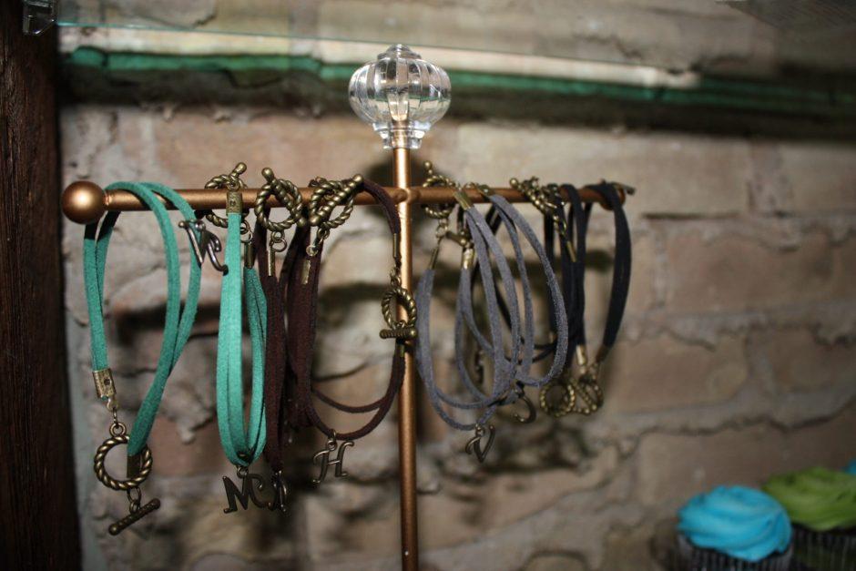 B.Link Bracelet