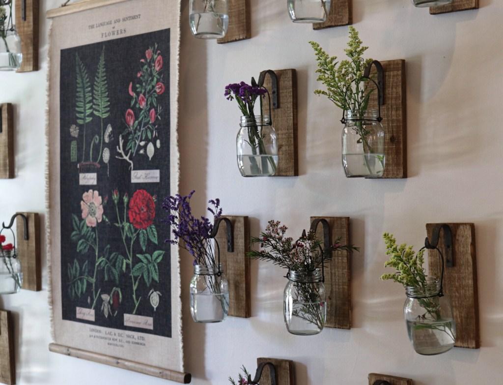 dienger-trading-co-boerne-flower-wall