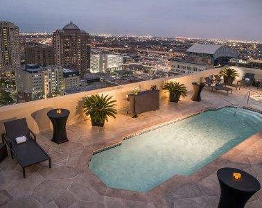 Magnolia Hotel Rooftop