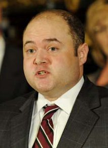 Newly appointed Minnesota Supreme Court Associate Justice David Stras address a news conference after Gov. Tim Pawlenty announced his appointment to replace Justice Lorie Skjerven Gildea who Pawlenty named Chief Justice of the court Thursday, May 13, 2010 in St. Paul, Minn. (AP Photo/Jim Mone)