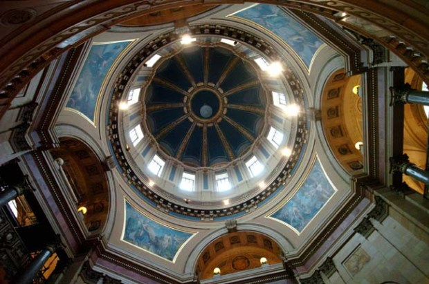 The rotunda at the Minnesota State Capitol is popular with school groups in St Paul on Feburary 5, 2008. (Sherri LaRose-Chiglo, Pioneer Press)