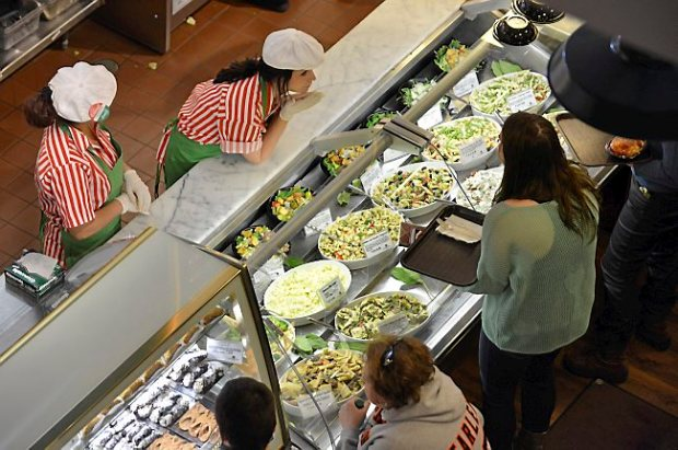 Lunch goers line up at the salad bar in the newly expanded Cossetta Alimentari in St. Paul on Wednesday January 9, 2013. (Pioneer Press: Richard Marshall)