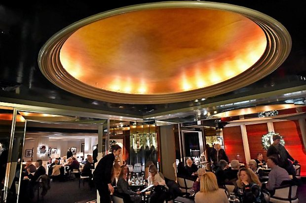 The deco bar area at the Commodore Bar and Restaurant in St. Paul on Thursday, January 7, 2016. (Pioneer Press: Jean Pieri)