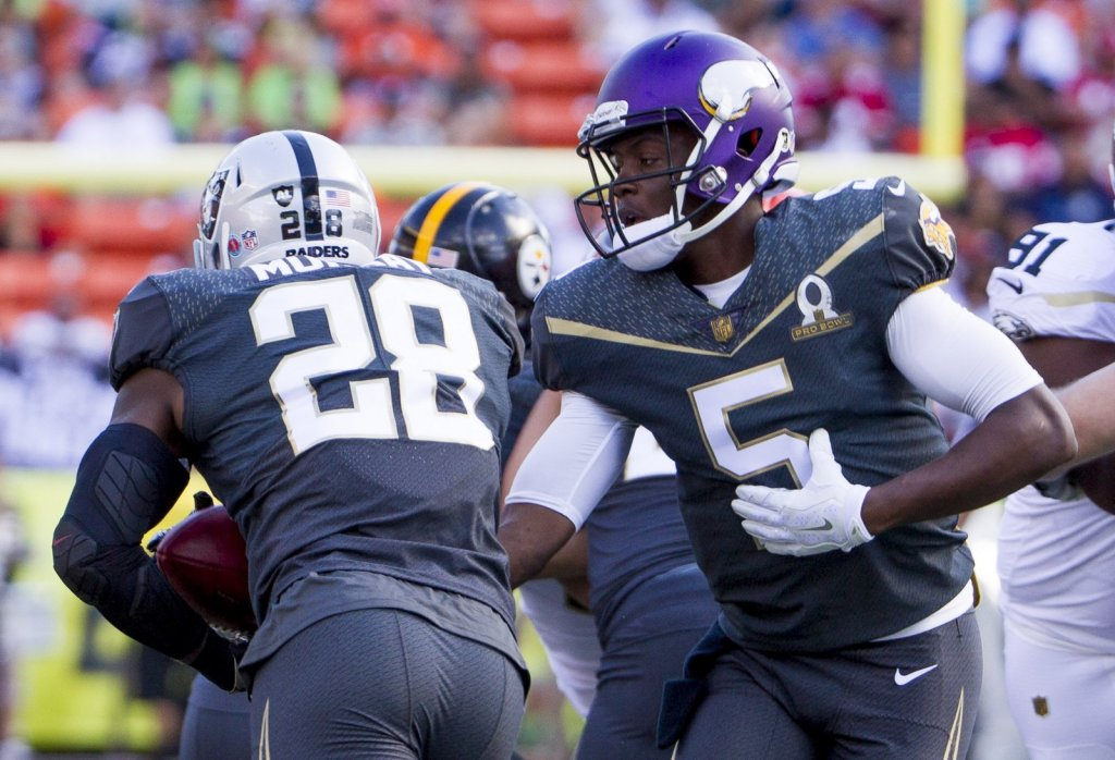 Vikings have RB Latavius Murray visit to possibly replace ...