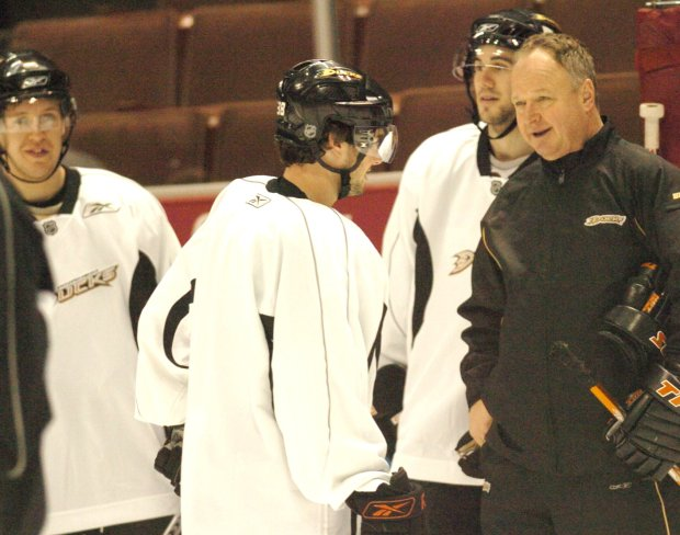 Randy Carlyle, right, coached the Anaheim Ducks to a Stanley Cup in 2007. (Pioneer Press file photo)
