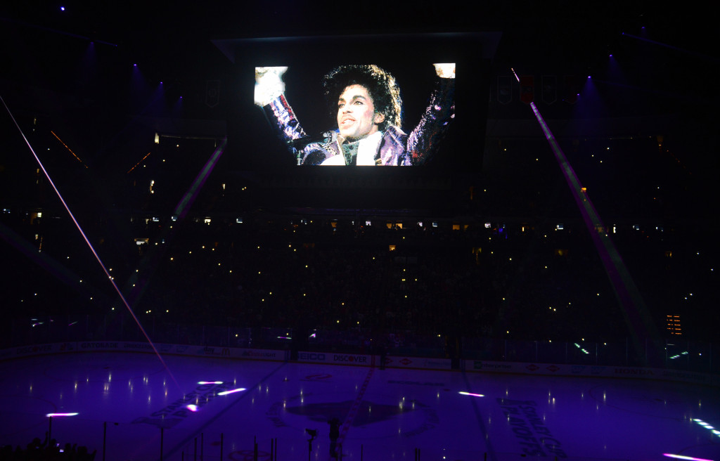 Wild pay tribute to Prince before Game 6