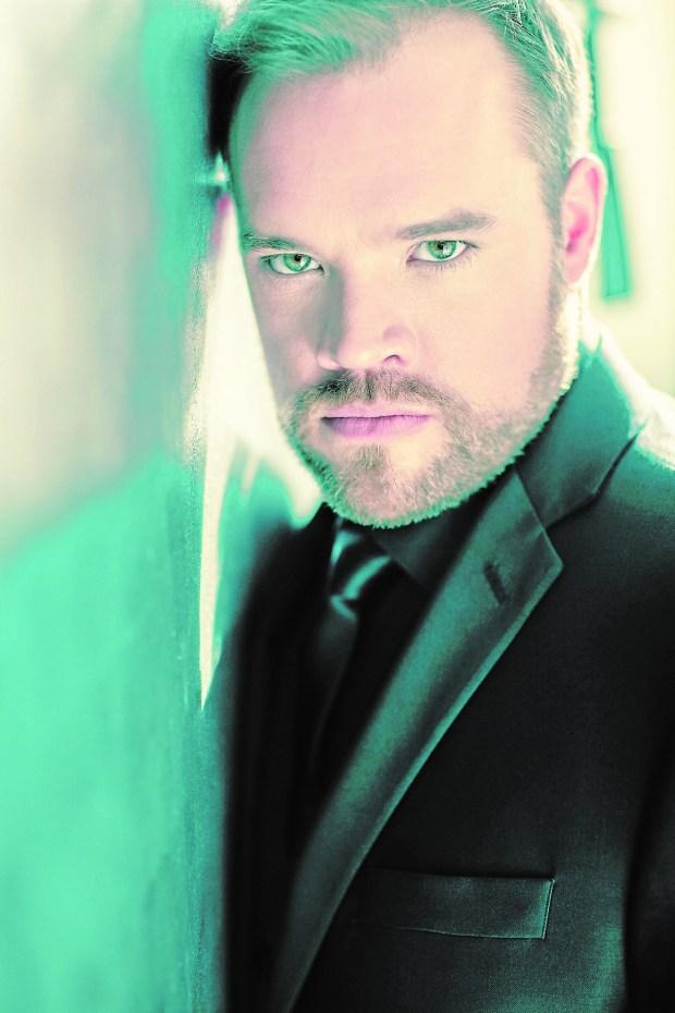 Brian Mulligan (Dario Acosta)