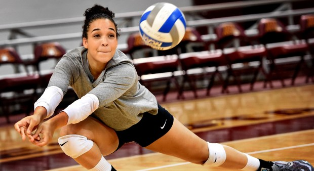 Daly Santana at volleyball practice at the University of Minnesota on Thursday, September 10, 2015. (Pioneer Press: Jean Pieri)