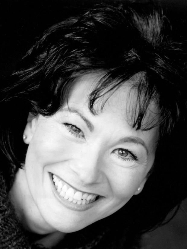 "Maggie Bearmon Pister is Aunt Raini in the Minnesota Jewish Theatre Company's production of ""Aunt Raini."" (Courtesy photo)"