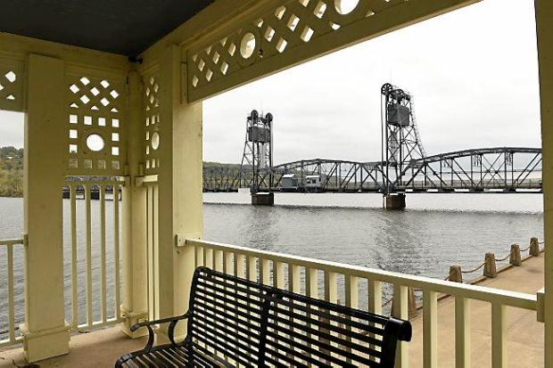 The Stillwater Lift Bridge over the St. Croix River as seen from Lowell Park on Oct. 8, 2015. (Scott Takushi / Pioneer Press)