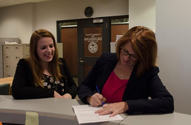 State Rep. Erin Murphy, DFL-St. Paul, files her campaign committee paperwork for a 2018 bid for Minnesota Governor. She was joined Thursday, Nov. 17, 2016, by her daughter Anna Faust. (Courtesy photo)