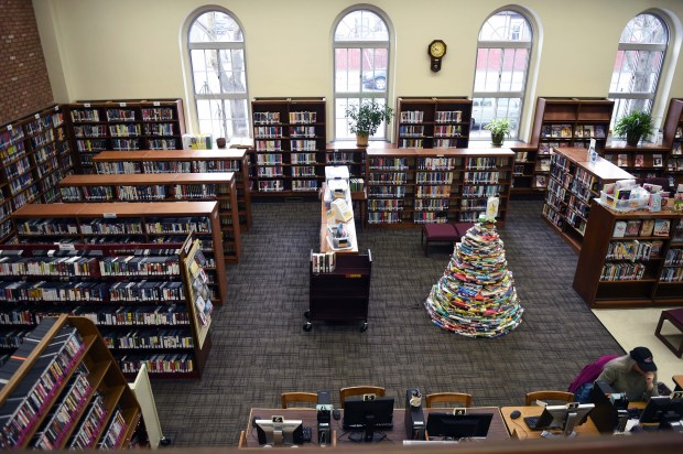 The South Saint Paul Library has served city residents for nearly a century, but does not provide the space and amenities of modern-day libraries, Wednesday, December 7, 2016. (Pioneer Press: Scott Takushi)