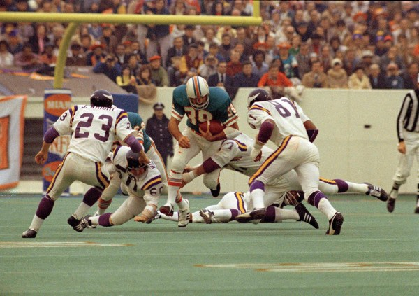 The Loop's Super Bowl LII Countdown: Worst stadiums – Twin ...