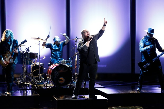 "Minneapolis native Jesse Larson sings Rag'n'Bone Man's ""Human"" on the May 1 episode of ""The Voice."" (Tyler Golden/NBC)"