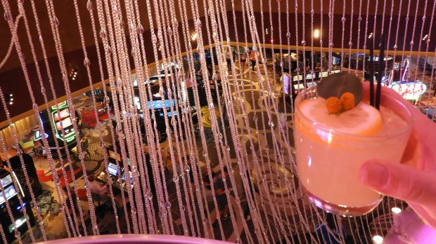 Las Vegas' Chandelier Bar cocktails